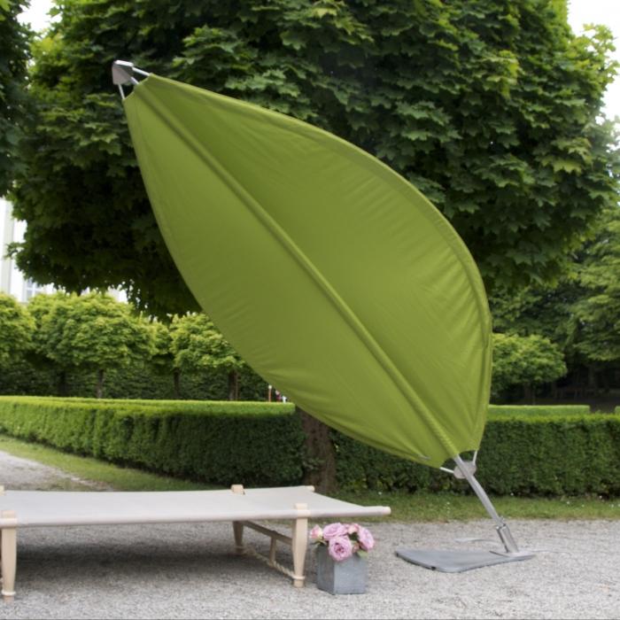 parasol en forme de feuille