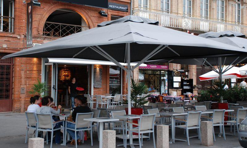 Grand Parasol Restaurant 5x5m 4.5x4.5m ...