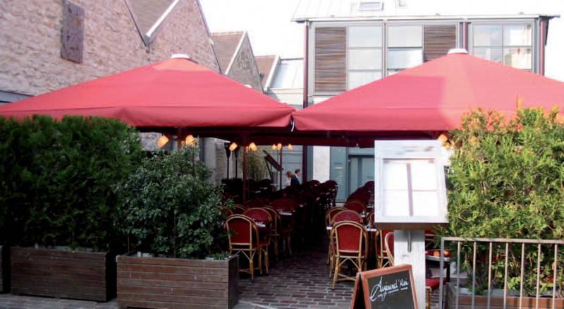 maxisoco-grand-parasol-restaurant-3.jpg