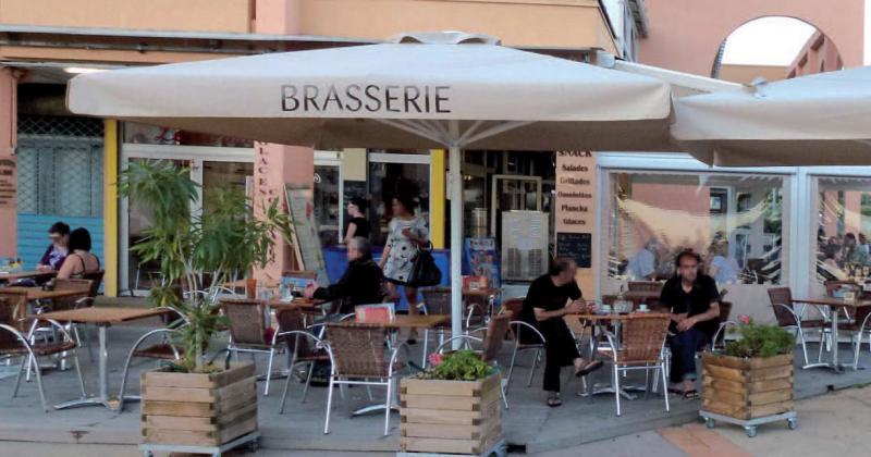 maxisoco-grand-parasol-restaurant-4.jpg