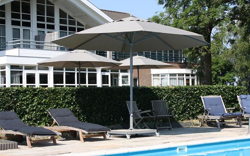 Presto Parasol - Hotel legemeer (2).jpg