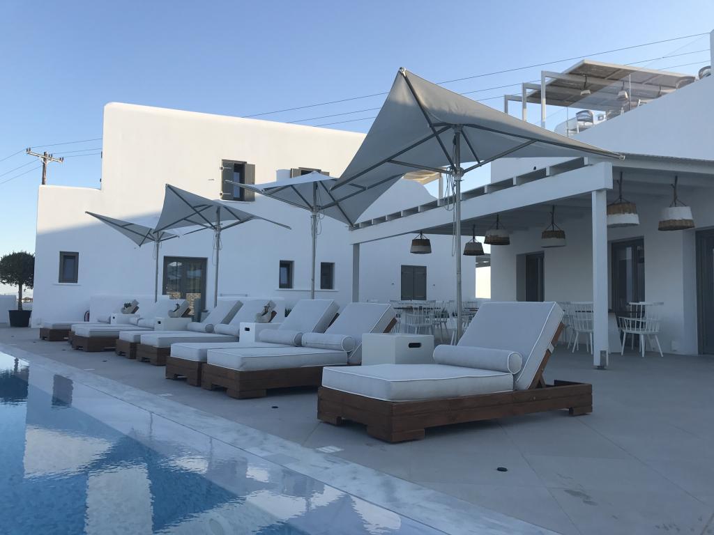 Parasol hotel haut de gamme restaurant Vela SCOLARO