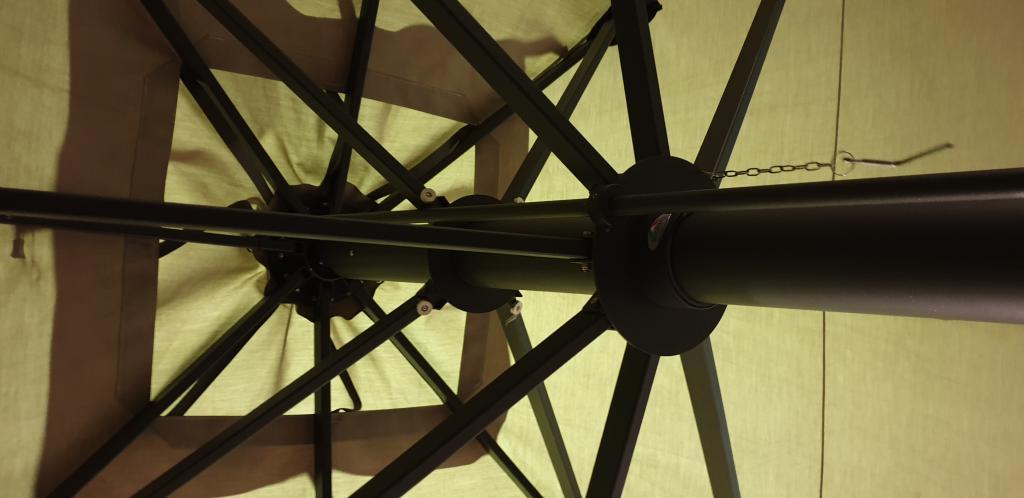 Grand parasol pour hotel Capri Dark ou Starwhite SCOLARO