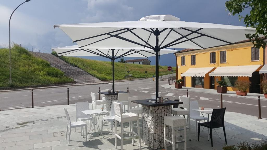 Grand parasol mat central Leonardo Telescopic SCOLARO