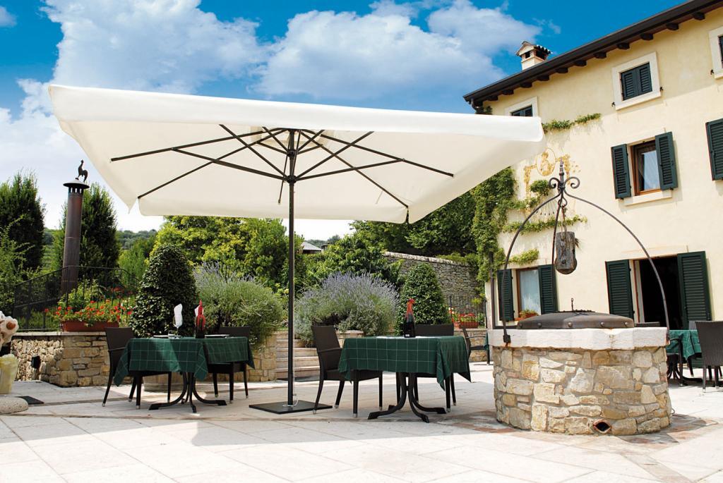 grand parasol scolaro leonardo telescopic restaurant. Black Bedroom Furniture Sets. Home Design Ideas