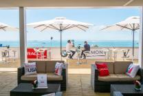 parasol terrasse restaurant plage