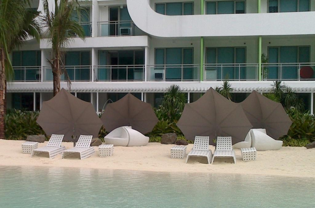 parasol pour plage hotel de luxe 5 étoiles